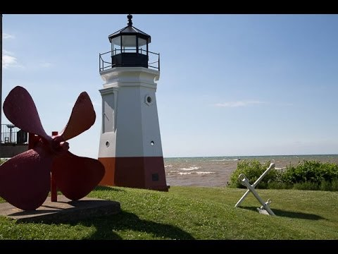 The Great Lakes Shoreline Tour | Lakes Ontario and Erie