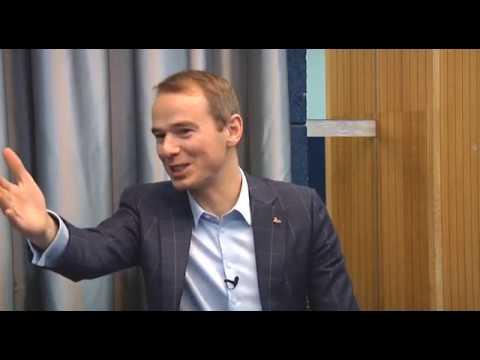 Секреты бизнес-тренингов раскрыл в эксклюзивном интервью РИА Биробиджан Владимир Якуба