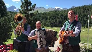 So nice: German folk music in St. Moritz Switzerland