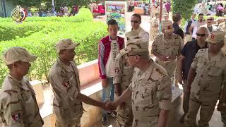 الفريق محمد زكى يزور عدد من مراكز التدريب التابعة للقوات المسلحة ويلتقى بالجنود المستجدين وأسرهم