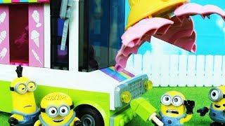 Despicable Me Minions Mega Blocks Ice Scream Truck thumbnail