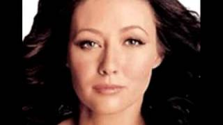 Shannen Doherty crooked face correction.