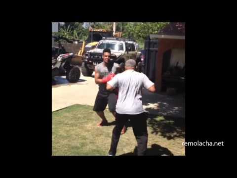 Pelotero Carlos Gomez boxeando con su padre