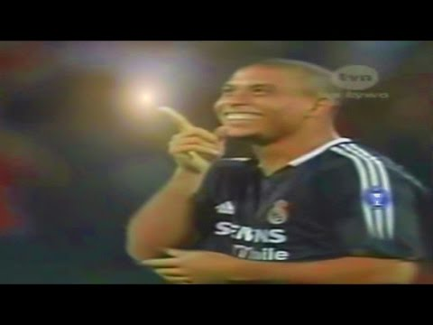 Ronaldo Funny Nutmeg vs Partizan Player