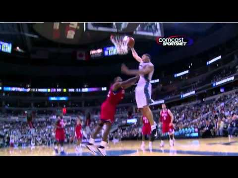 Javale McGee big dunk as Brand pushes him (Nov. 23, 2010)
