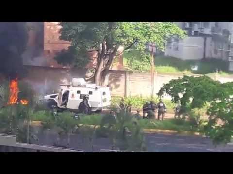 Ciudad Guayana. Los Mangos. Manifestantes Vs GNB ParoCívicoActivo