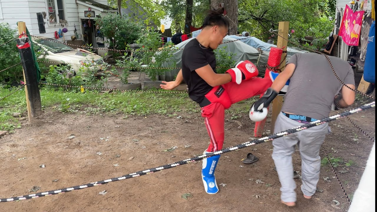 Kickboxing against my brother (TKO)