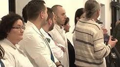 Министерот Филипче и премиерот на промоција на реновирани болнички соби