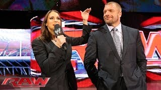 Stephanie McMahon asks Daniel Bryan to apologize: Raw, March 10, 2014
