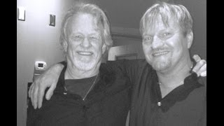 Hallur and Kris Kristofferson - Nobody wins