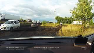 Пежо 408 на бездорожье  раскисшего Воронежского чернозема - полный привод не нужен.