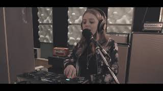 Sarah Candle - Someday (Live Session)