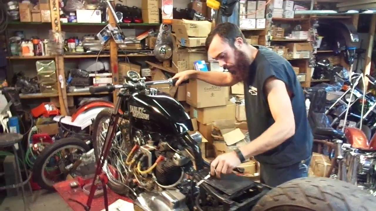 Harley Ironhead 93'' Stroker Drag Racer Fired Up!