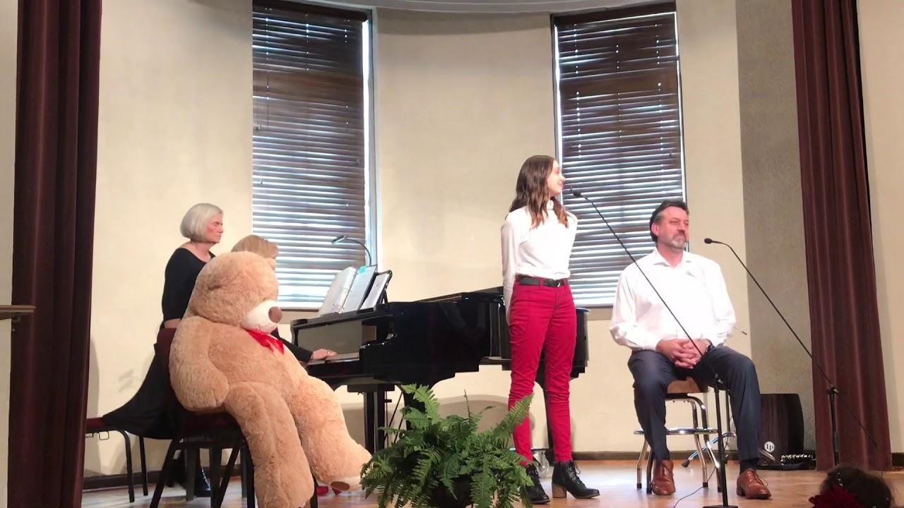 White Christmas duet (Michael Bublé/Shania Twain version) - YouTube