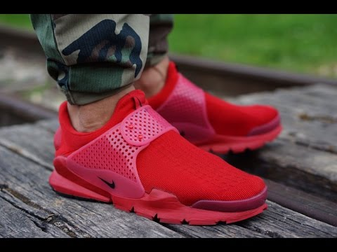 best sneakers 05cba 468c8 Nike sock dart Independence Day varsity red sneakers