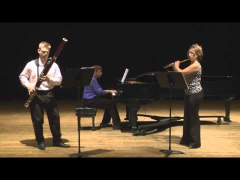 Aurea Silva Trio - Jansa Three Miniatures (mvt. 1)