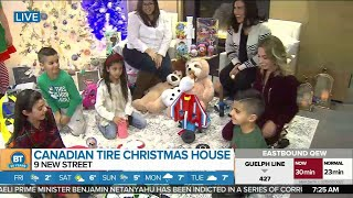 Nicole LIVE at The Canadian Tire Christmas House (2 of 5)