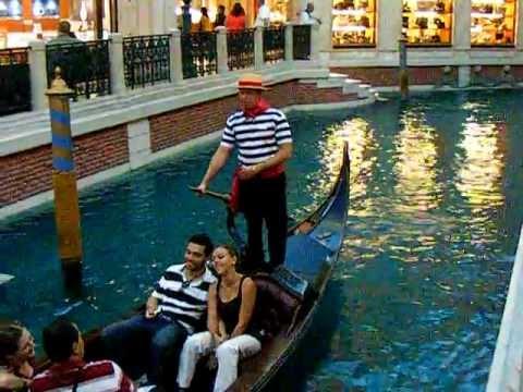 Singing Gondolier, Venetian, Vegas