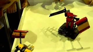 """Фестиваль """" Лего робототехника - 2012"""" бой роботов"""