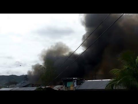 Big fire at Baho A. Lopez Labangon Cebu City Philippines 24Jul2017 6:14