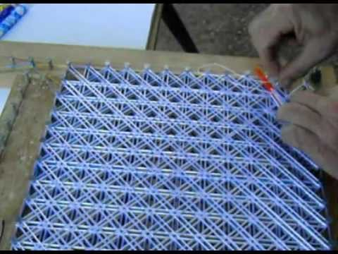 C mo hacer tapetes de hilo de seda pompon 5 9 cosido - Como hacer pompones con lana ...
