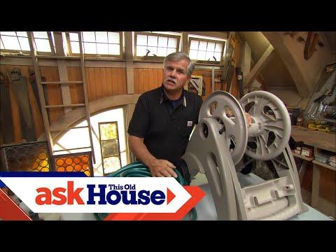 How to Reuse a Garden Hose Reel
