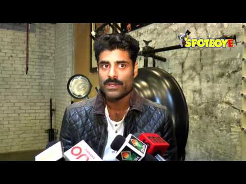 Sikander Kher COMMENTS on his Father Anupam Kher's Visa Controversy | SpotboyE