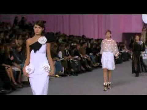 Chanel Spring 2006 Fashion Show (full)