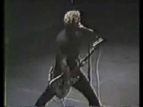 Green Day - Armatage Shanks [Live @ Montreal Forum, Montreal 1995]