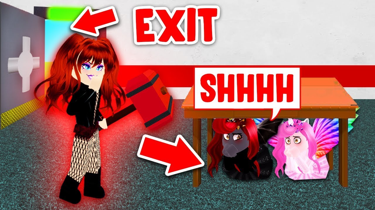 Hiding From The Craziest Beast In Flee The Facility Roblox