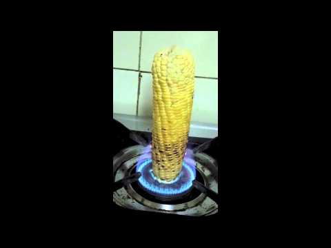 Roasting corn on a gas stove youtube roasting corn on a gas stove ccuart Image collections