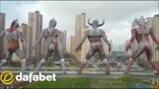 Video ULTRAMAN joget Oles Turun Naik di Bandara malaysia