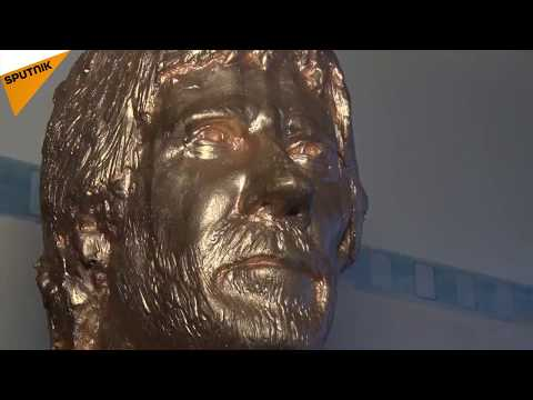 Croatia: Chuck Norris Has His Own Café and Statue in Zagreb
