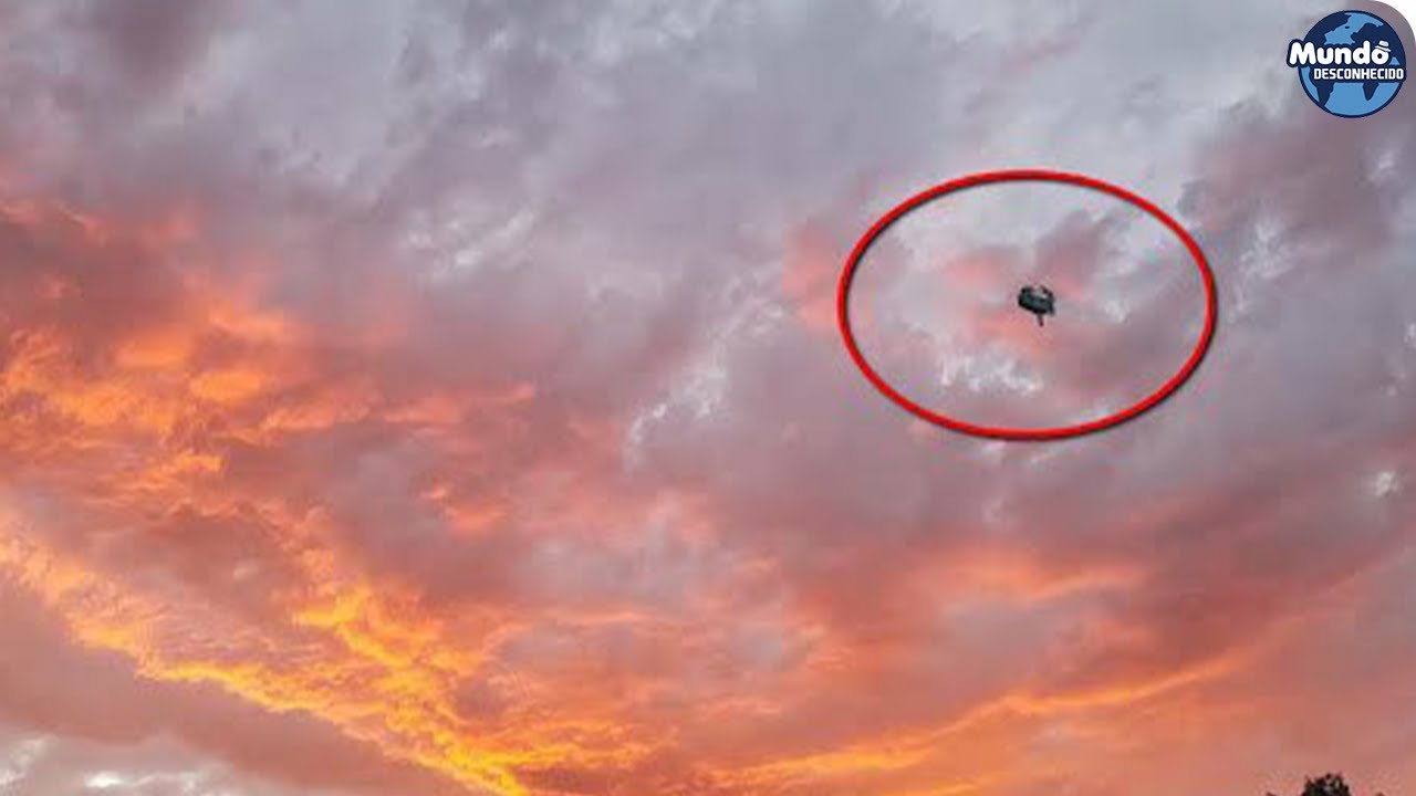 Objeto misterioso visto no céu da Espanha março de 2020!