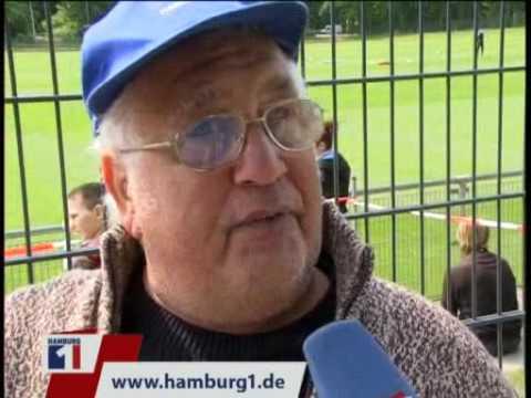 Frustsaufen HSV-Opa