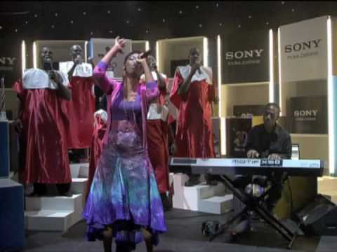 Lira and Soweto Spiritual Singers tribute to Mr Nelson Mandela at Sony 3D world