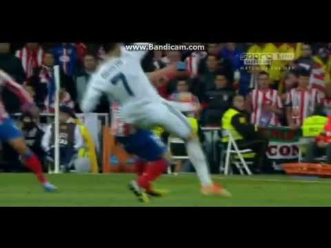 Cristiano Ronaldo (Real Madrid) straight red card for kick out vs Atletico 17.05.2013 (effect video)