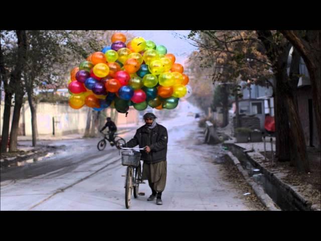 Nils Hoffmann - Balloons (Club Mix)