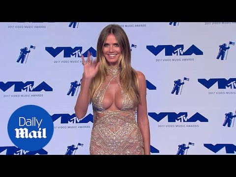 Heidi Klum puts on a busty display at the Video Music Awards - Daily Mail