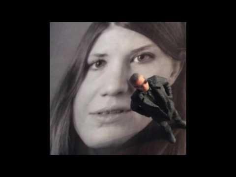 ARON FLAM DEKONSTRUKTIV KRITIK SANDRA ILAR LIVE @ CANTINA REAL
