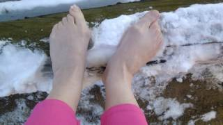18042017ч3 Босиком по бревну.Скользко...Barefoot on the log.Slippery...