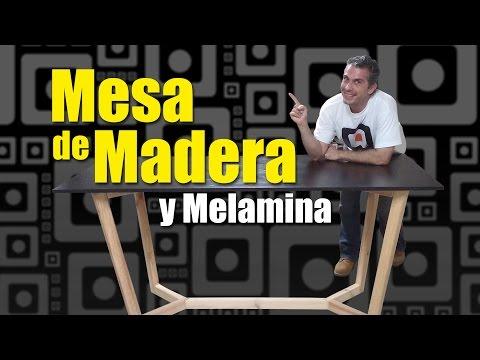 Mesa de madera y melamina