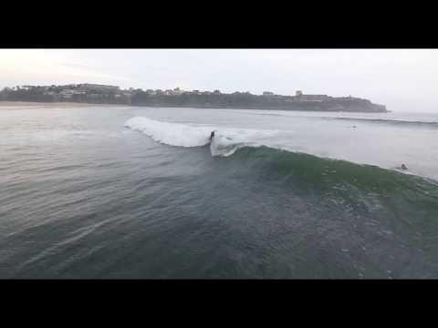 Surf con nuestros monitores en la Playa de la Concha