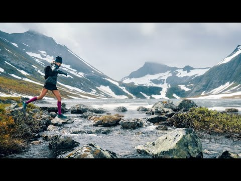 Run Ultralight Compression Socks: The only trail running socks with Targeted Compression zones