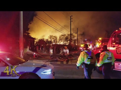 Mississauga: Building under construction burns down in stunning inferno 3-2-2018