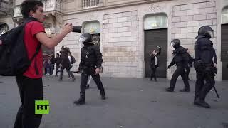 España: violentos enfrentamientos en Cataluña