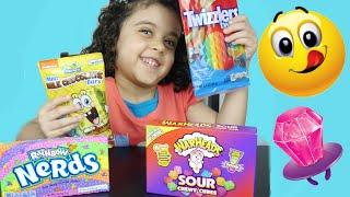 تحدي تذوق حلويات غريبة حامضة و سبونج بوب  Candy Taste Challenge