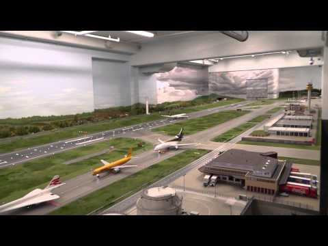 The longest video of the biggest HO scale airport in the world, Hambug Germany, 14+17 JAN 2014,