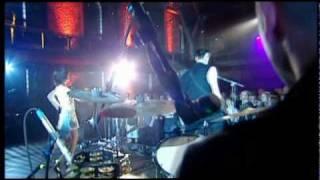 PJ HARVEY - MEET ZE MONSTA (LIVE 08.24.04)