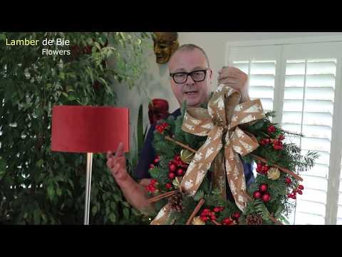 How To Make Your Own Christmas Door Wreath  - Step By Step Tutorial (Lamber De Bie Flowers)